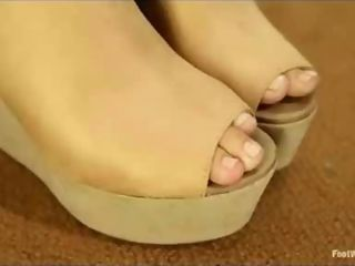 Horny Wild Foot Fetish Mature Fetish Makeout