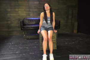 Brutal dick Helpless teen Evelyn has been walking for