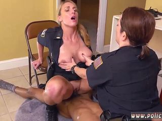 Big tits police babe Black Male squatting in home gets our mummy officers squatting on