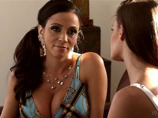 Stepmom Ariella Ferrera and Kacy Lane
