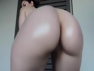 Babe With Big Ass