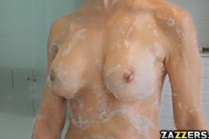 Blonde Sarah got two cumshots in her mouth and pretty face