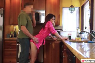 Stepdaughter received a sticky creampie