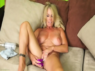 Solo Action By Mature Lady