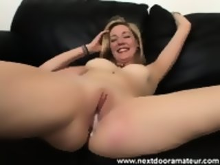 Mature Neighbour Wants To Have Hot Cum In Her Pussy