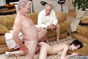 Big tit brunette hardcore first time Frannkie heads down the