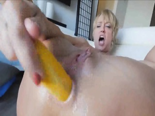 Vdeo Pornogr¡fico HD Gr¡tis De Very Fucking Hot Anal MILF - SpankBang- The Front Page Of Porn