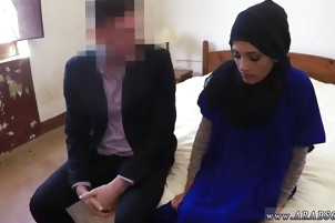 Shy arab xxx 21 year old refugee in my hotel room for sex