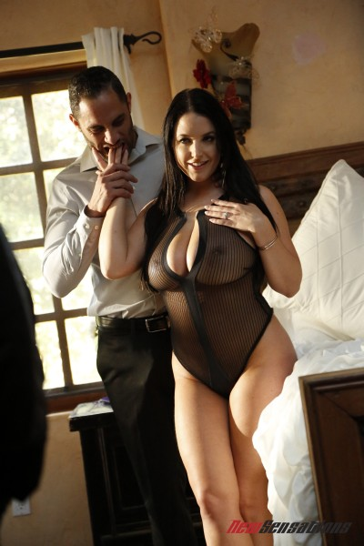 Angela White - Angela Plays For Her husband (2018/NewSensationscom/HD).