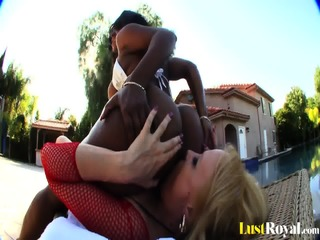 Interracial Lesbian Fun With Sunny Day And Sinnamon Love