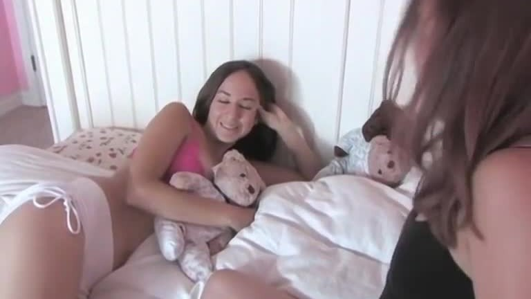 petite fledgling lesbians fucking each other in bed