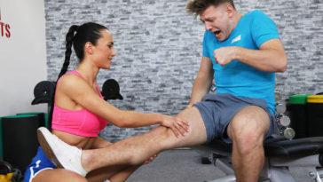 fitnessrooms anna rose luxurious youthful gym dame with six pack fucked