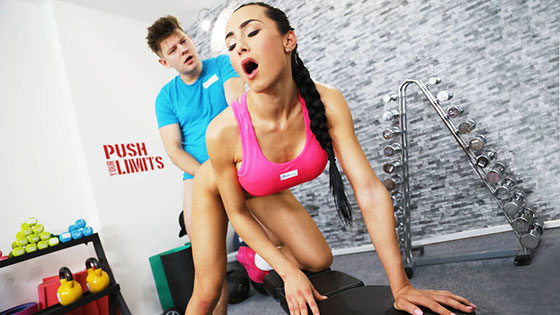 fitnessrooms anna rose magnificent youthful gym damsel with six pack fucked