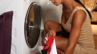 isabella chrystin gets laundry masturbation