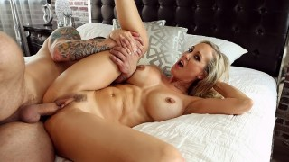brandi enjoy luvs advance virtual sex