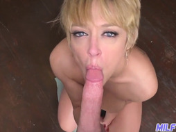 Giant and uber sexy ash blonde COUGAR Dee Williams Part 1