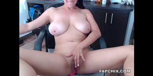 Cute Shaved Milf Masturbating To You