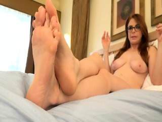 Sweet Babe With Glasses And Playful Feet