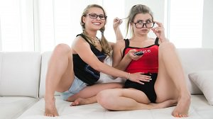 Lilly Ford Jill Kassidy Nerds Rule Fansexual