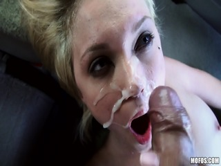 {Mofos} (StrandedTeens) Kota Skye - Going The Distance