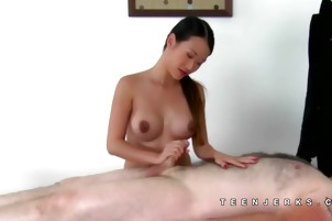 Pussykat asian massage turned BJ