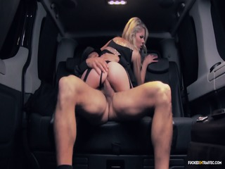 Fucked In Traffic - Blonde Cunt Giving A BJ To Her Driver In A Car
