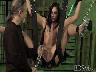 Kinky Games With Naughty Whore