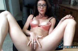 Brunette Nerd Glasses Teen Hot Pants Shorts Meaty Pussy Cam
