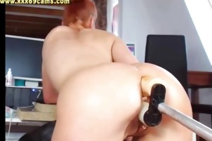 Teen getting hammered by double dildo machine