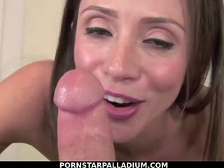 Big tit Ariella Ferrera gives sloppy blowjob