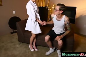 Masseuse Angel Smalls Massaging Cock With Pussy