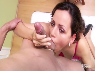 SANTA LATINA - Colombian Horny Bitch Gets Her Pussy Stuffed During Hardcore Gonzo Porn