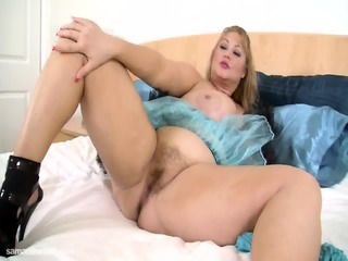 Samantha 38GG - Special Thanks Strip