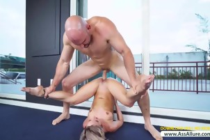 Jada Stevens In Spandex Yoga Workout