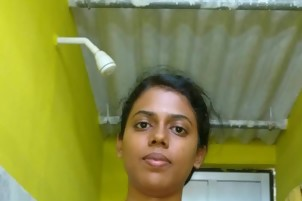 Indian Tamil bathing with selfie photos