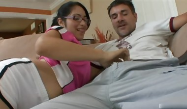 Girlish 18yearold Guatemalan brunette, Andrea Kelly, dressed