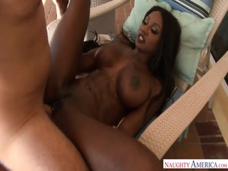 Ebony MILF Seduces Guy