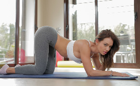 Franceska Jaimes - Yoga Sex At Dawn Passion-HD 1080p