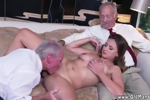 Blowjob view Ivy impresses with her large jugs and ass