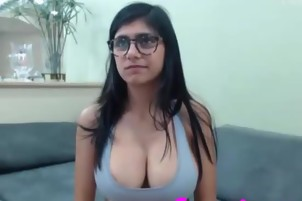 Mia Khalifa is complete naked on her own private video