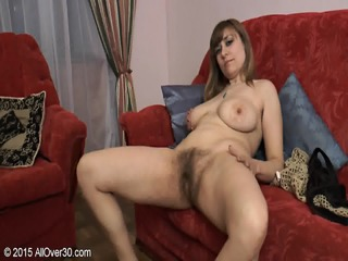 Mature Lady Shows Her Hairy Cunt