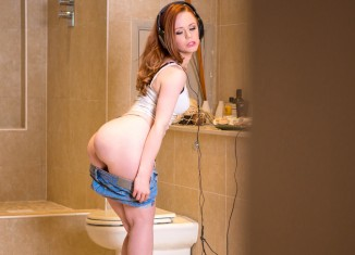 ella hughes the ultra-kinky squatter your daily pornography videos