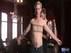 Stunning gay blowjob and handjob with some rope