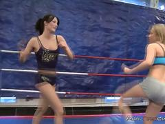 Wrestlers in Lesbo Porn on GotPorn 11266590