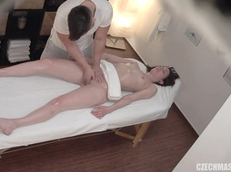 Xxx Fuck Fest With Masseuse PornGem