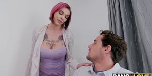 Anna Bell Peaks Got Her Pussy Stretched By Her Step Son