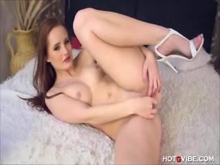 Dainty Red Haired Teen Orgasms