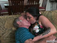 Teen tricked by old man Frannkies a quick learner on GotPorn 11711690