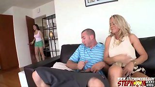 Sparking Beauty Valentina and Her Stepmom Enjoying 3Some in Bedroom