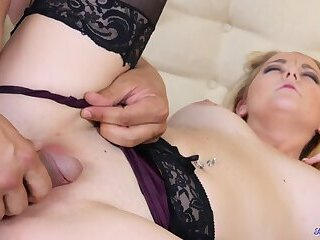 Lingerie babe is pussy fucked